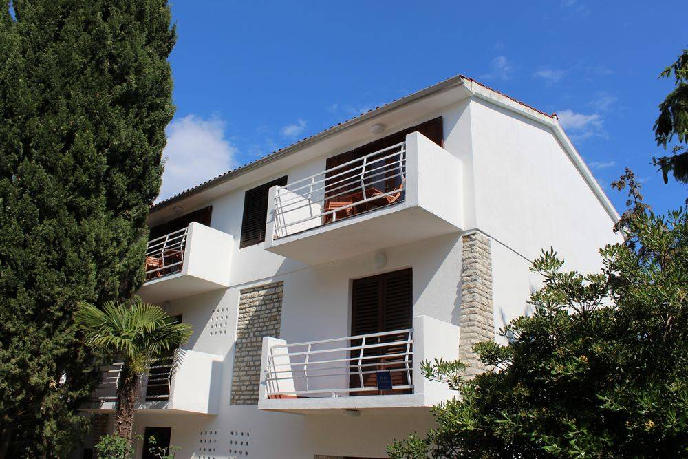 Vodice - Apartment Room - Apartmani Vitali ..